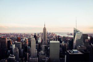 Få den rå og fede stil med en New Yorker væg